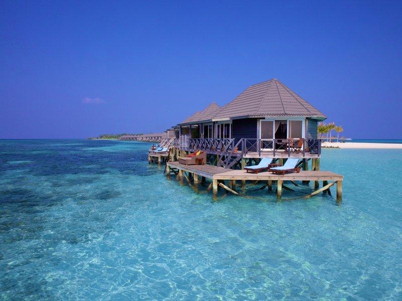 Golfreisen: Kuredu Island Resort Malediven