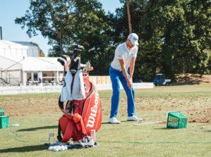 Wilson Staff Golfer Driving Range Practice Kopie